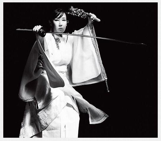 資生堂『花椿』<br>WOMAN 取材<br>2014 - O-Getsu Ryu | 桜月流美劔道