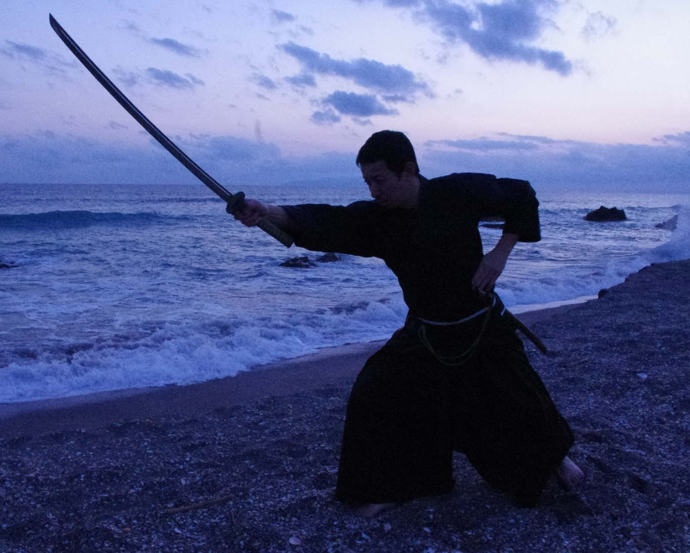 美剱/寒稽古 鹿島にて<br>松木史雄 - O-Getsu Ryu | 桜月流美劔道