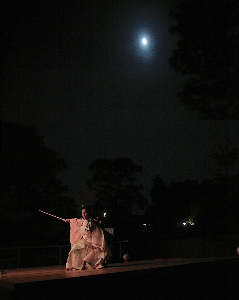 大本山 大徳寺 別院 徳禅寺「観月会」十三夜 奉納の舞 - O-Getsu Ryu | 桜月流美劔道